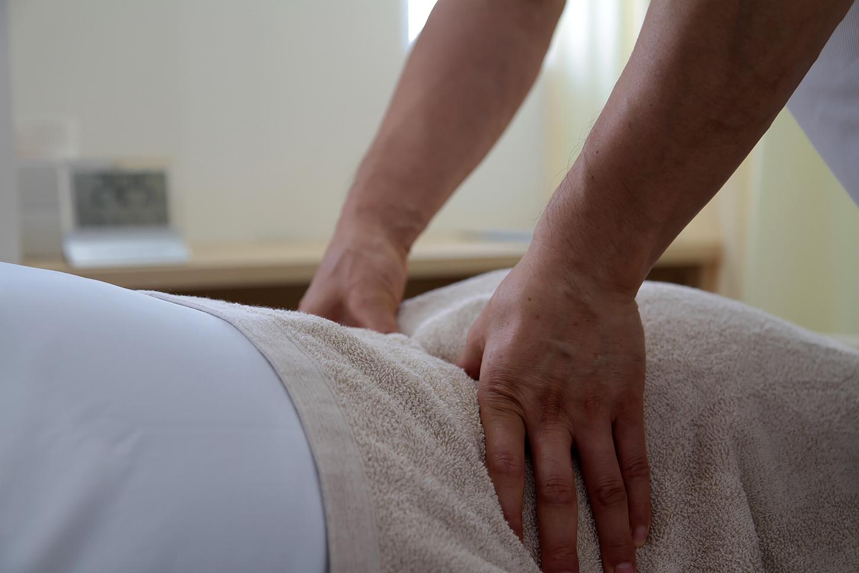 マッサージや指圧で日頃の身体や筋肉の疲れをとるコースです。